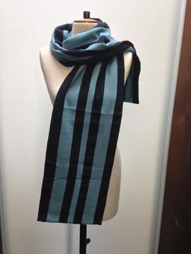 St Paul's College scarf